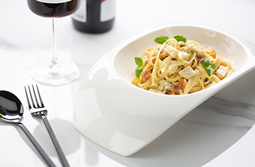Easy style pasta with Petit Brie, bacon and basil