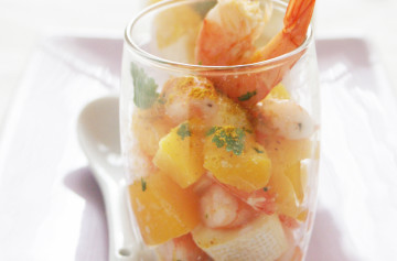 "Petit camembert and prawn exotic ""verrine"""