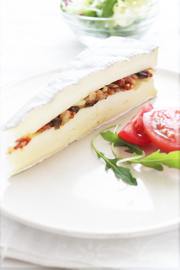 Brie Tart with mediterranean touch