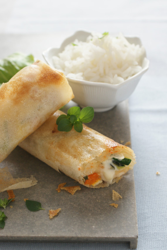 French-style spring rolls with Brie and chicken