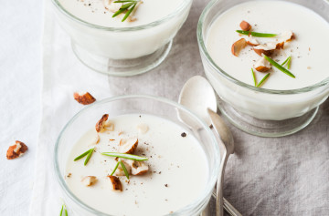 French style panna cotta with Chèvre and rosemary