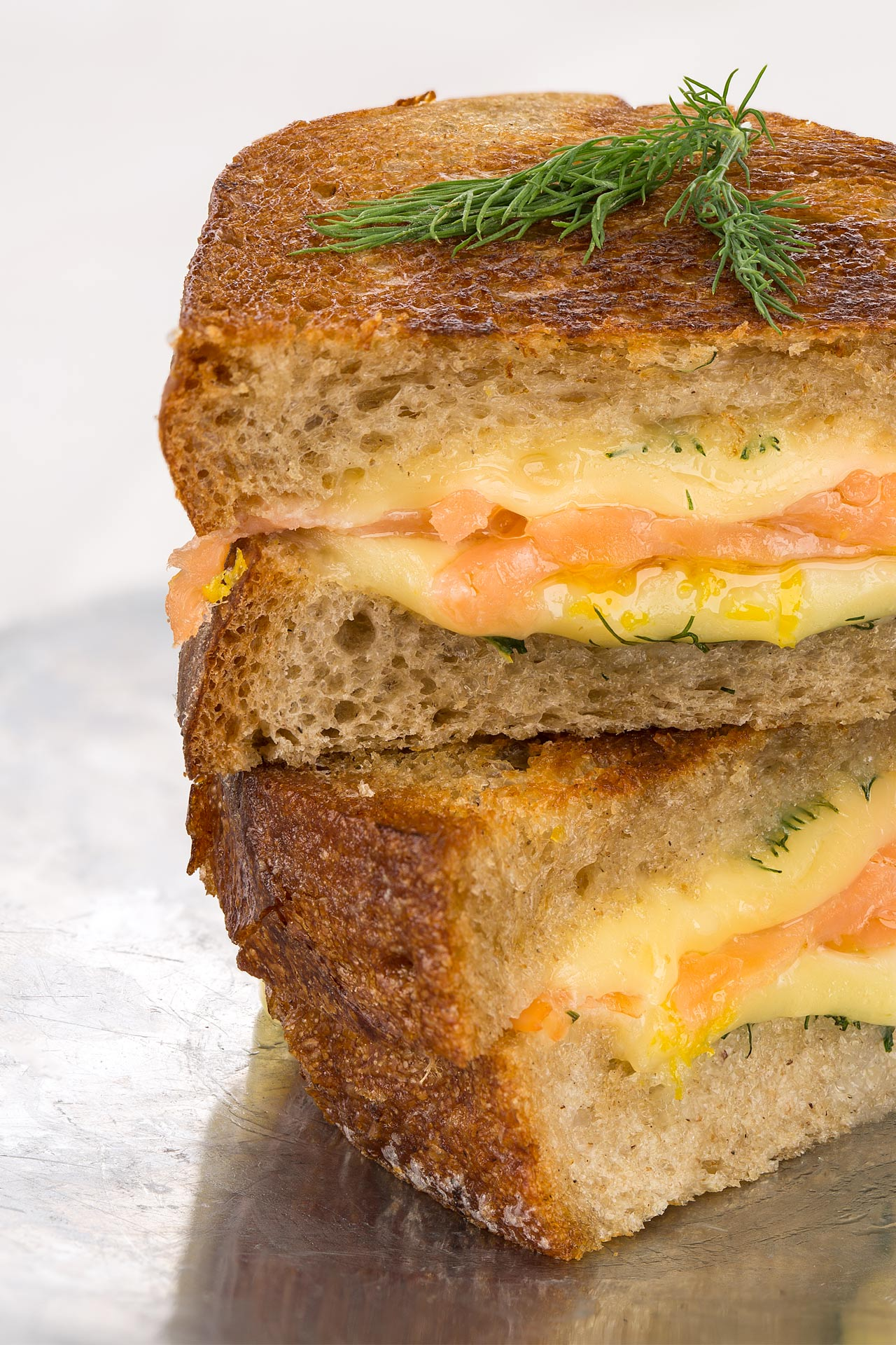 Croque-monsieur with smoked salmon