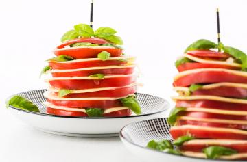 Tomato millefeuilles with Brie slices