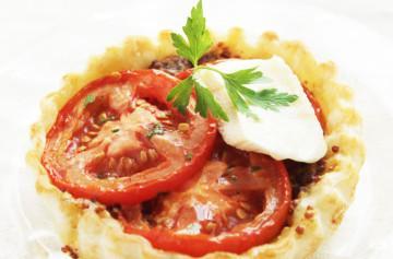 トマトとカマンベールのタルト