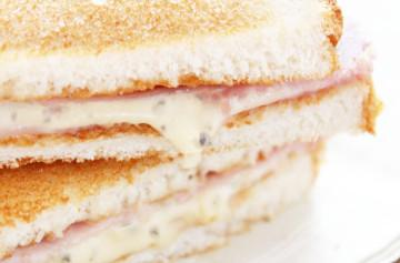 Sandwiches de Brie azul